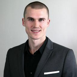 GSA-medlem, Jo Grimstad satser på online språkopplæring.